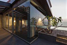 villa in the sky by abraham john architects overlooks the arabian sea - designboom | architecture