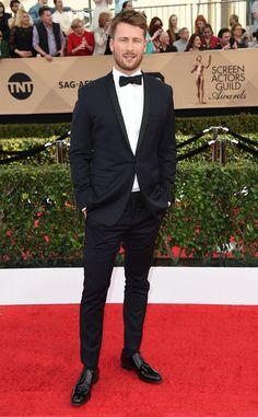 Glen Powell from 2017 SAG Awards: Red Carpet Arrivals