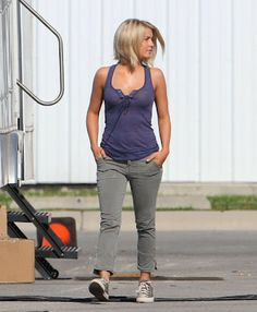 safe haven julianne hough hair images | Posted by Cleveland854321 at 5:14 PM