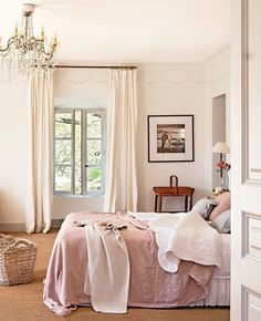 """au-chalet: """"http://www.belgianpearls.be/bedroom-designs-dream/ """""""