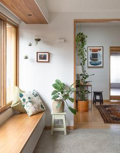 Photo 4 of 15 in A Cramped Bungalow Is Reborn as an Eco-Minded Abode… - Gulve - Home Decor Furniture, Home Decor Bedroom, Living Room Decor, Furniture Design, Küchen Design, House Design, Cafe Design, Design Styles, Design Trends