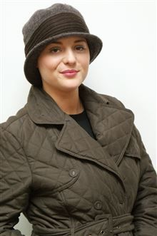 Chic AND cosy - who says you can't have it all with hair loss?! Introducing our NEW Lois cloche hat in Coffee OR Charcoal grey, in 100% wool with a soft knit trim! Wear it on top of our jersey Kimmy turban, if you prefer, too!