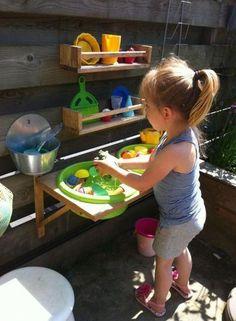 Small Yard Kids, Backyard Ideas For Small Yards, Backyard For Kids, Diy For Kids, Garden Kids, Garden Oasis, Diy Garden, Backyard Games, Kids Fun