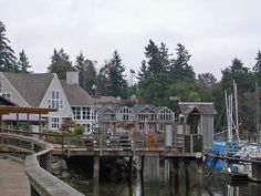 There is plenty to do on Bainbridge Island. Come for the day, or stay for the weekend, and enjoy the Island life. Vashon Island, Whidbey Island, Day Trips From Seattle, Seattle Sights, Great Places, Places To See, Bainbridge Island Washington, Friendly Islands, Sleepless In Seattle