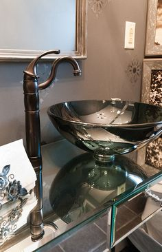 Love the bowl sink
