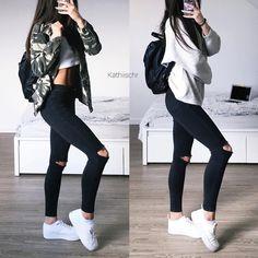 "13.1 mil Me gusta, 299 comentarios - @kathiischr en Instagram: ""Which Outfit - 1 or 2 ? …"""