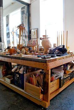 Mary's Singular Live/Work Studio - - Werkstatt / Atelier - Decor world Home Art Studios, Studios D'art, Art Studio At Home, Artist Studios, Music Studios, Home Design, Art Studio Design, Interior Design, Design Art