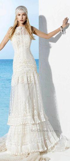 Telas livianas y mucho movimiento son las características principales de los vestidos ibicencos.