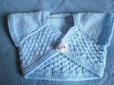 Ce petit cache-cœur ressemble par sa forme au modèle de chez Ravelry (ici) . Pour le tricoter, j'ai suivi les explications données sur...