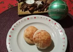 Töltött párna glutén és laktózmentesen | Arany Anita receptje - Cookpad receptek Muffin, Gluten, Breakfast, Food, Morning Coffee, Essen, Muffins, Meals, Cupcakes
