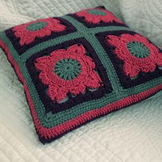 crochet cushion/pillow