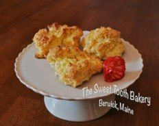 White Chocolate Scones~ Gluten Free * The Sweet Tooth Bakery ~ Maine    www.thesweetttoothbakery.com