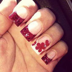 November Nails - Magenta with flower Maybe red and a poppy? Great Nails, Perfect Nails, May Nails, Hair And Nails, Winter Nails, Spring Nails, November Nails, Toe Designs, Nail Swag