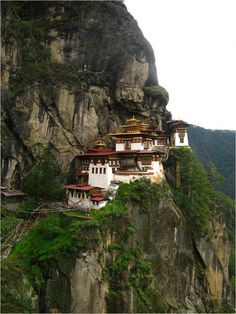 gorgeous Buddhist monastery