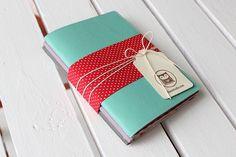 Kit com 3 Cadernetas de Anotações R$69.00