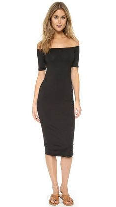 ¡Cómpralo ya!. Rachel Pally Mid Length Jagger Dress - Black. A sleek Rachel Pally off shoulder dress with a formfitting silhouette. Short sleeves. Unlined. Fabric: Jersey. 92% modal/8% spandex. Dry clean. Made in the USA. Measurements Length: 41.75in / 106cm, from shoulder Measurements from size S. Available sizes: M,S,XS,XXS , vestidoinformal, casual, informales, informal, day, kleidcasual, vestidoinformal, robeinformelle, vestitoinformale, día. Vestido informal  de mujer color negro de…