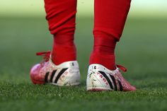 Steven Gerrard's #YNWA boots for his last game at Anfield