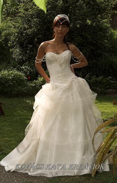 Delightful Elegant Traditional and Modern Corseted Wedding Gown - Aphrodite.. $1,150.00, via Etsy.