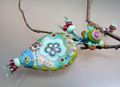 Last Winter Flowers- Pendant by Manuela Wutschke - handmade lampwork glass