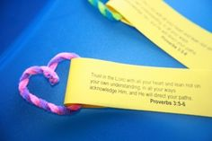Heart (pipe cleaner) Prov. 3:5-6