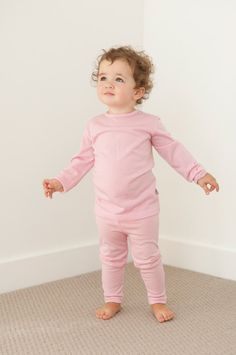 Long sleeve merino tee shirt, silky soft and super warm, perfect for layering in winter. For babies and children. Long Sleeve Tee Shirts, Keep Warm, Kids Fashion, Crew Neck, This Or That Questions, Children, Natural Beauty, Clothing, Baby