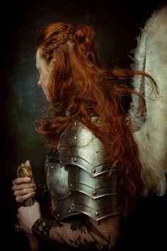 "The ""Arcadia"" Series - A fantasy photography series about knights, warriors, vikings & shieldmaidens by Laura Sheridan / Studio Sheridan's Art Photography Series, Fantasy Photography, Fine Art Photography, Portrait Photography, Fashion Photography, Inspiration Drawing, Character Inspiration, Character Design, Female Knight"