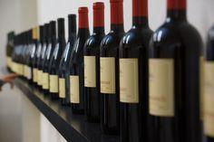 Wine Rack, Wifi, Home Decor, Tourism, Homemade Home Decor, Bottle Rack, Wine Racks, Decoration Home, Interior Decorating