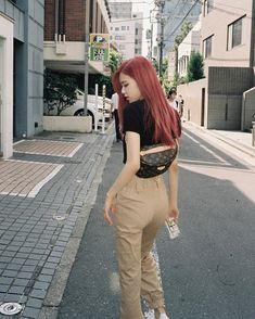 Blackpink k e nail design walldorf - Nail Desing Blackpink Fashion, Korean Fashion, Fashion Outfits, Moda Kpop, Jenny Kim, Kpop Mode, Rose Bonbon, Kim Jisoo, Rose Park
