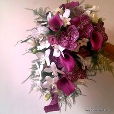 bruidsboeket druppel paars wit vanda stephanotis orchidee