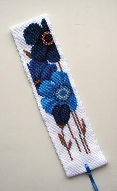 Blue Flowers. Vervaco