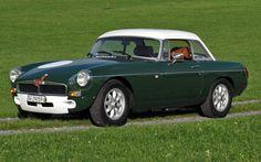 MG B Sebring Roadster | avintago – The Gentleman's World of Motoring & Lifestyle