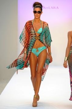 Aqua di Lara Swimwear 2013 Luxury Swimwear, Designer Swimwear, Swimwear Fashion, Swimsuit Cover, Swimsuit Tops, Cruise Fashion, Swimsuits, Bikinis, Resort Wear