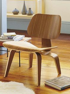 the eames lounge chair 02