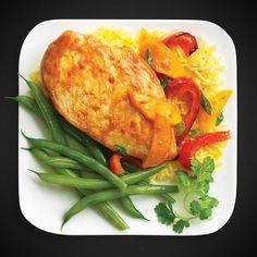 Poulet au cari et à la mangue Chauffer l'huile à feu moyen-vif dans un grand poêlon antiadhésif. Ajouter les oignons; sauter pendant 3 minutes; déposer dans une assiette. Mettre le poulet dans la poêle. Faire cuire, en retournant une fois, jusqu'à ce qu'il soit bien cuit, environ 20 minutes. Incorporer la sauce Cari à la mangue VH® , le bouillon de poulet, … Continue reading Poulet au cari et à la mangue →