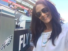Know more about net worth, husband and height of Tracy Wolfson who is an award winning television sportscaster and Journalist Nfl On Cbs, Interview Coaching, Newscaster, Cbs Sports, Celebrity List, Hard Work And Dedication, Final Four, Married Woman, Net Worth