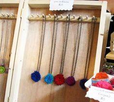 necklace hanger in hinged box, perfect for transport & display
