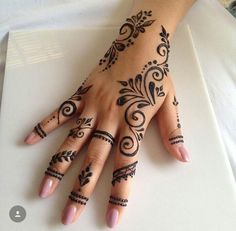 50 Most Beautiful Looking Kuwait Mehndi Design (Kuwait Henna Design) that you can apply on your Beautiful Hand. Pretty Henna Designs, Henna Tattoo Designs Simple, Finger Henna Designs, Henna Art Designs, Mehndi Designs For Fingers, Latest Mehndi Designs, New Simple Mehndi Designs, Henna Tattoos, Henna Tattoo Hand