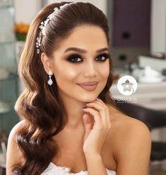 Bridal Makeup Looks, Wedding Hair And Makeup, Hair Makeup, Long Hair Wedding Styles, Wedding Hair Down, Bride Hairstyles, Down Hairstyles, Evening Hairstyles, Hair Upstyles