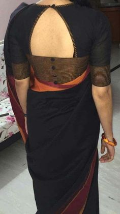 Blouse Designs Pattern With Back & Neck Designer Saree Blouses: Blouse is one of the most essential things that every women looks before wearing saree. Designer Blouse Designs highlight the appear Simple Blouse Designs, Stylish Blouse Design, Blouse Back Neck Designs, Fancy Blouse Designs, Blouse Simple, Blouse Designs For Saree, Pattern Blouses For Sarees, Blouse Styles, Saree Blouse Patterns