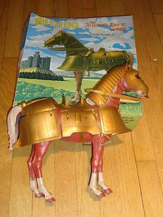 Vintage Marx toys Bravo the armored horse #5371 from the noble knights series, with original box. For this and more visit me at www.dandeepop.com