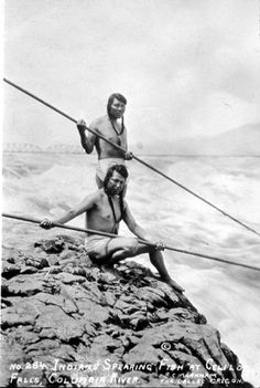 Fishermen at Celilo Falls, Columbia River Oregon/Washington (Native American, Indian, Oregon, Washington)