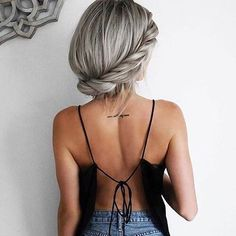 #silverhair #blonde #braid #hairstyle #girl #stylish #longhair #lifestyle #lifestyle_shots