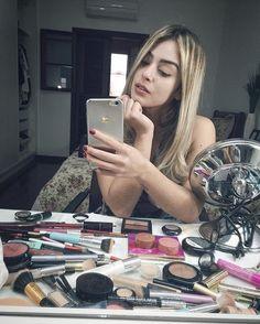MULHERRRRR!!! Vai pro FACEBOOK! Vou fazer uma live com vocês me maquiando ao vivo!!! Vamos hoje de Make e em uma próxima um bate papo! TE ESPERO LÁ EM 5 MINUTOS! Fechado? 3,2,1 valendo! ⭐️ FACEBOOK.COM/BLOGMARIANASAAD ⭐️ #MarianaSaad #TimeDeLeitorasLindas #LiveNoFacebook