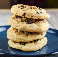 Dark Chocolate Chunk Walnut cookies are perfect when you really, really need a cookie. Fortunately, they are also crowd pleasers, and will be perfect at any get together, party, or for the big game. And these are not just any cookie.  They have chunks of dark chocolate, and chopped walnuts.  These are not your average …