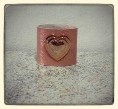 Bracelete Couro rosa/rose Vendas: whatsapp: 317300-4489 http://instagram.com/petalasdemaria  https://www.facebook.com/profile.php?id=100004666594323