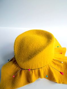 post of one woman's quest to make a matching hat for her new ModCloth dress!