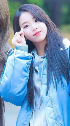 "Momo (모모) twice, ""only you. Nayeon, Kpop Girl Groups, Korean Girl Groups, Kpop Girls, Asian Woman, Asian Girl, Bts K Pop, Twice Chaeyoung, Tumbrl Girls"