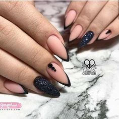 French manicure almond nails style 69 New Ideas Black French Nails, Matte Black Nails, French Tip Nails, Gorgeous Nails, Pretty Nails, Hair And Nails, My Nails, Jolie Nail Art, Uñas Fashion