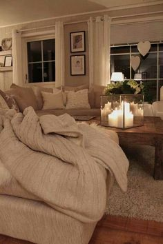 Arredamento soggiorno - Romantico soggiorno chiaro