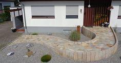 de wp-content uploads 2015 07 - Nicole F. Wheelchair Ramp, Donut Decorations, Modernisme, Good Environment, Front Entrances, House Entrance, Pathways, Indoor Plants, Facade